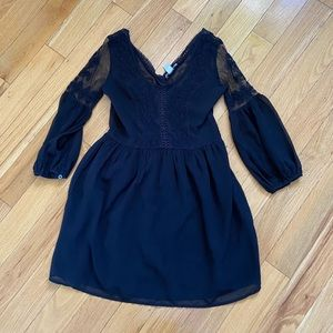 2 for $40 🌷 adorable black dress with lace detail